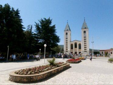 Bosnia Herzegovina- SANTUARIO DE MEDJUGORJE