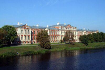 Letonia. PALACIO DE JELGAVA